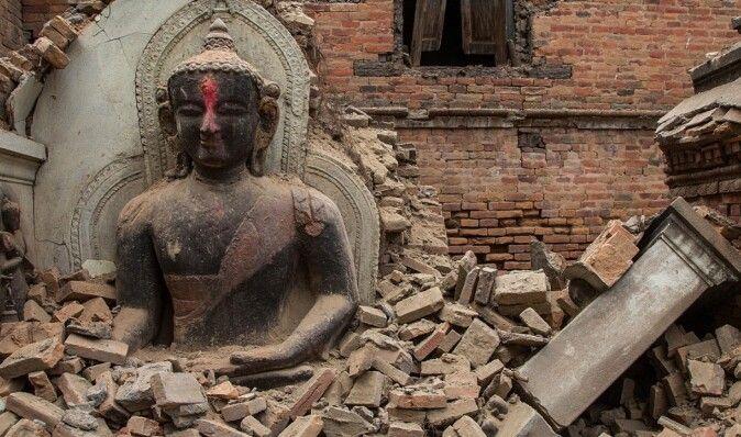 Индия и Китай выделят пострадавшему от стихии Непалу $1,5 млрд