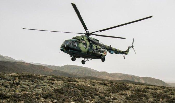 Киргизский вертолет с военными упал возле границы с Таджикистаном, есть пострадавшие