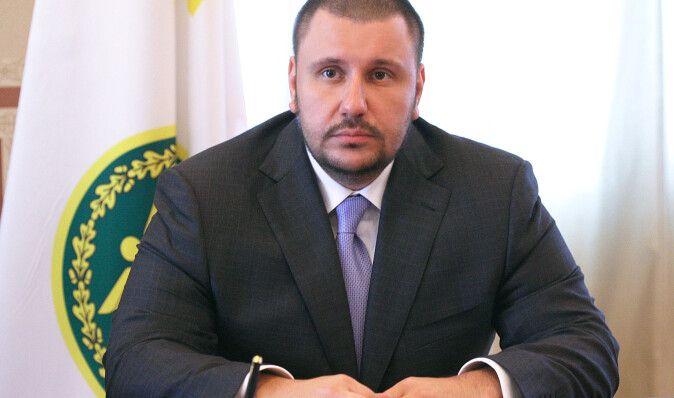 Ведомство Клименко заявляет, что не имеет претензий к семье Луценко