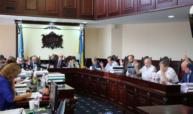 Давай по новой, все нелегитимно. Почему Украине может понадобиться заново создавать Антикоррупционный суд