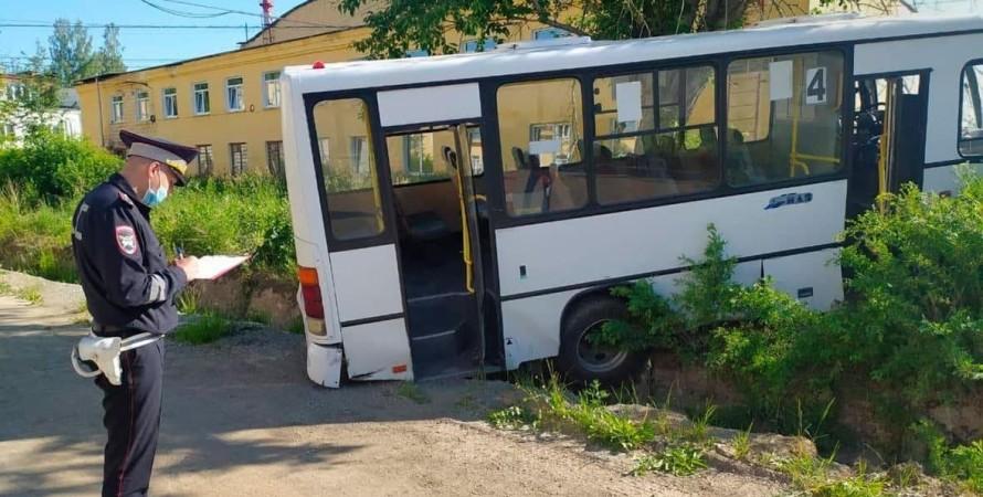 дтп, автобус, свердловская область, фото
