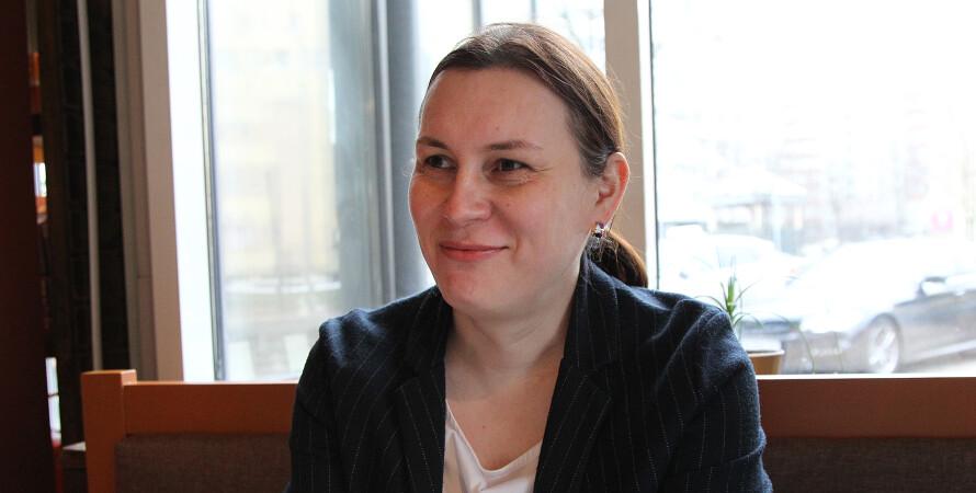 Анастасія Єва Домані, трансгендери, меншини