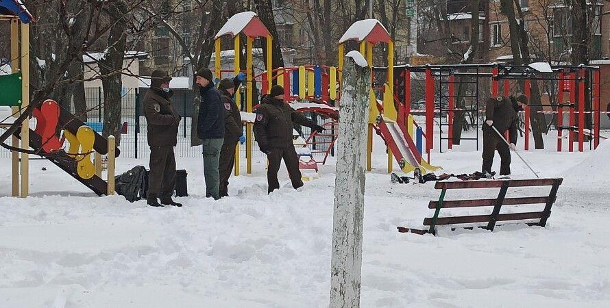 Київ, самогубство, вибух, соломенский район, чоколовский, дитячий майданчик