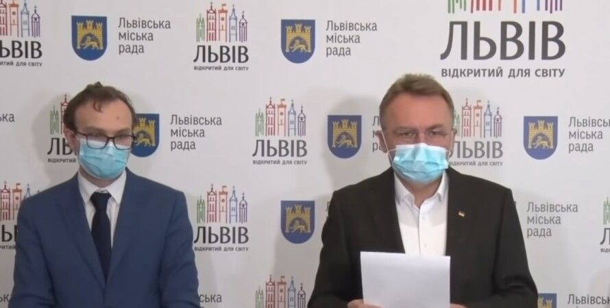 Мэр Львова Андрей Садовой на брифинге