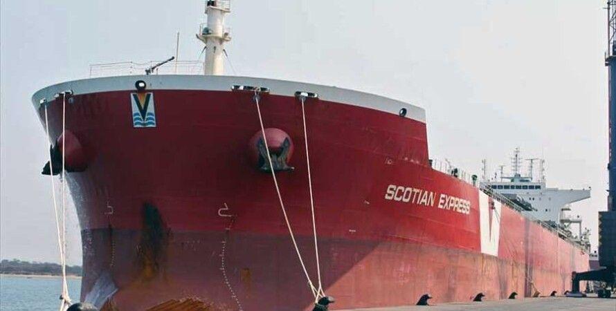 Судно Scotian Express, доставившее первую партию угля из ЮАР / Фото: David Gibbs