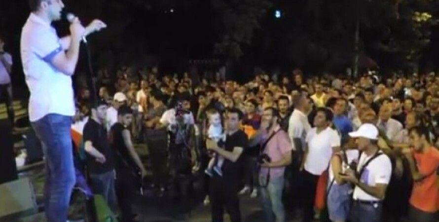 Протест в Ереване / Фото: кадр из трансляции