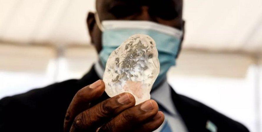 Третій за величиною алмаз у світі