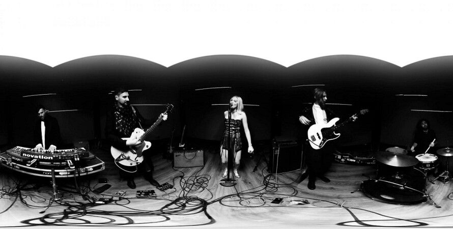 Группа Alloise / Скриншот с видеоклипа