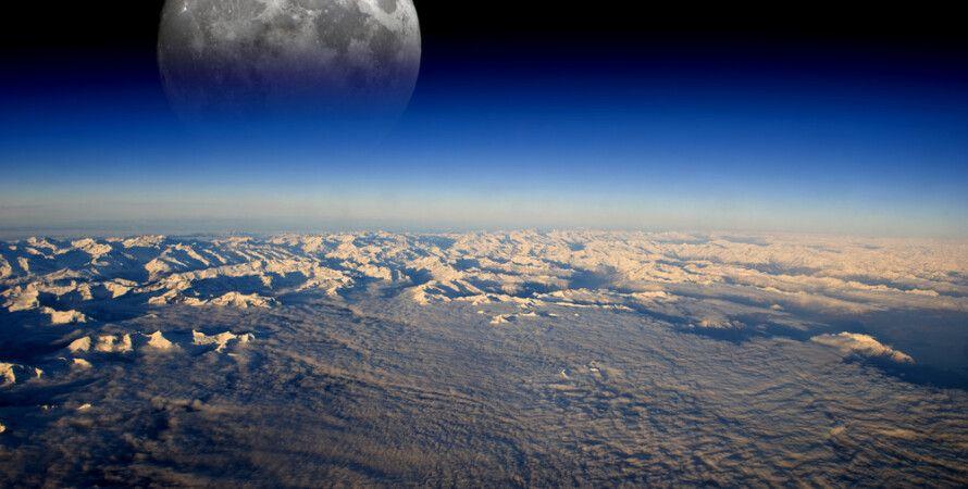 Луна и Земля / Фото: Techno.bigmir