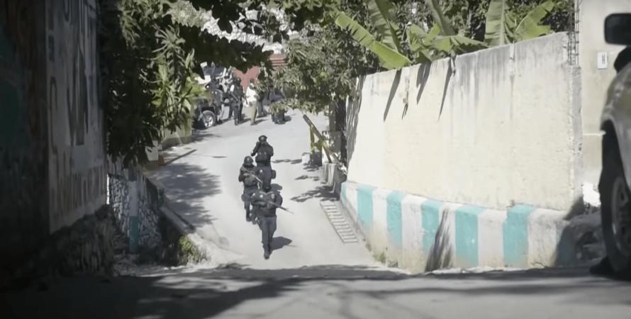 гаити, полиция, улица, фото