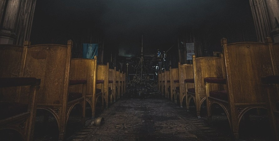 костел Святого Николая, пожар в костеле, в Киеве сгорел костел, пожар в костеле Святого Николая
