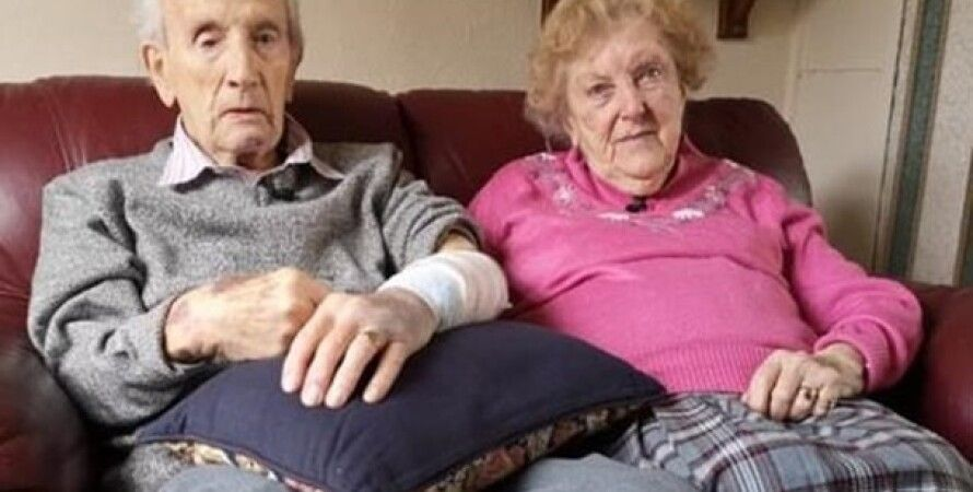 102-летний Джон и его 97-летняя супруга Джоан/Фото: ВВС