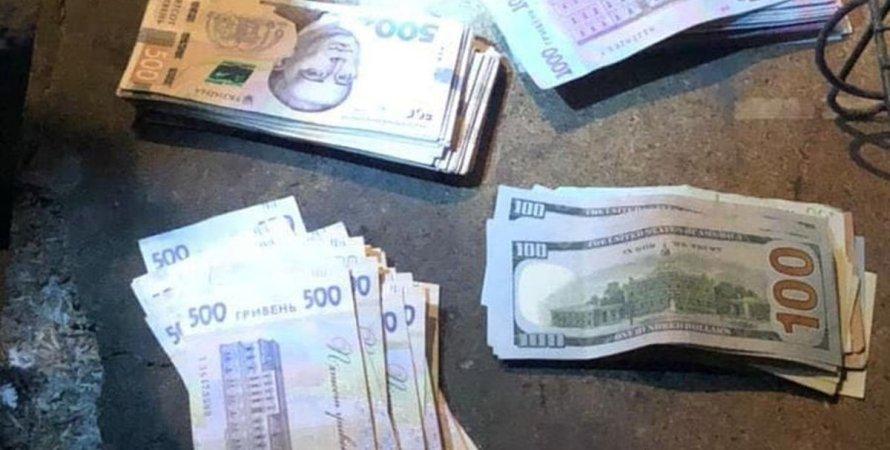 Київ, поліцейський, самокат, крадіжка, грабіж, гроші,