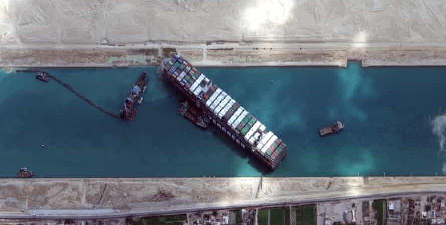 контейнеровоз, Ever Given, суецький канал