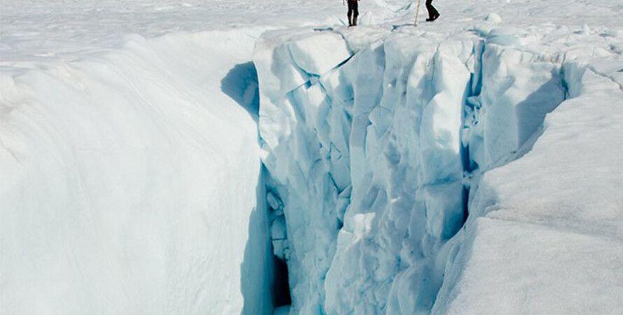 Исследование трещин в ледниках Гренландии / Фото: Poul Christoffersen