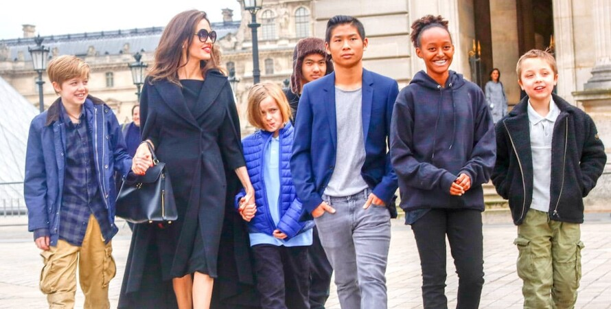 Анджелина Джоли, дети