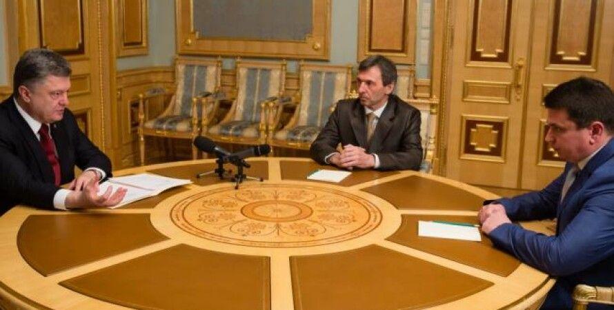 Петр Порошенко на встрече с претендентами на пост главы НАБ / Фото пресс-службы президента