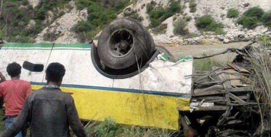 Авария автобуса в Индии / Фото India Today
