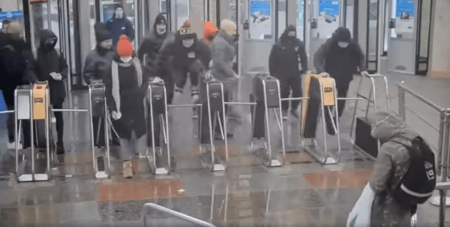 спорстмены избили сотрудников сбу, избиение сбу