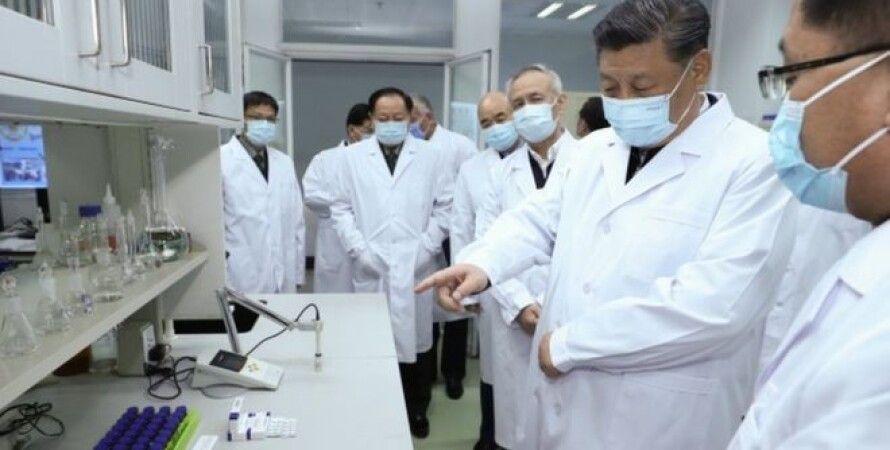 Си Цзиньпин посетил Ухань. Фото: EPA