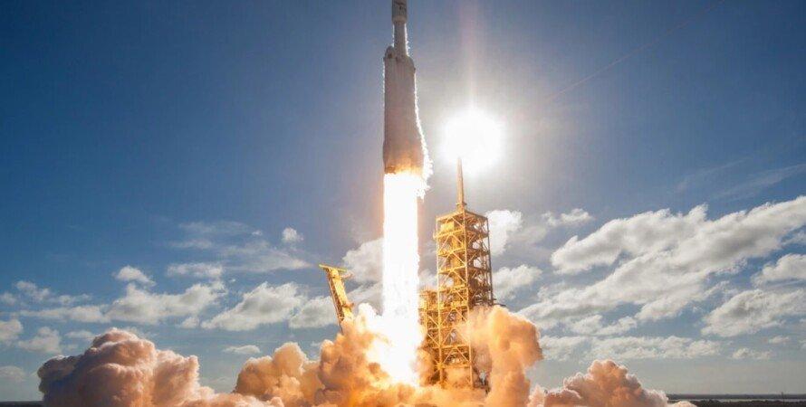 Місяць, NASA, SpaceX, місяцехід