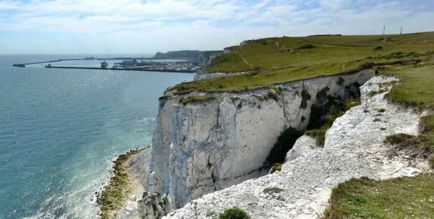 Белые скалы Дувра, Великобритания, достопримечательности, скала, туристы