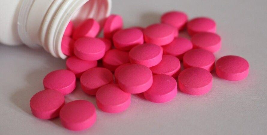 парацетамол, таблетки, отруєння, діти, рівно