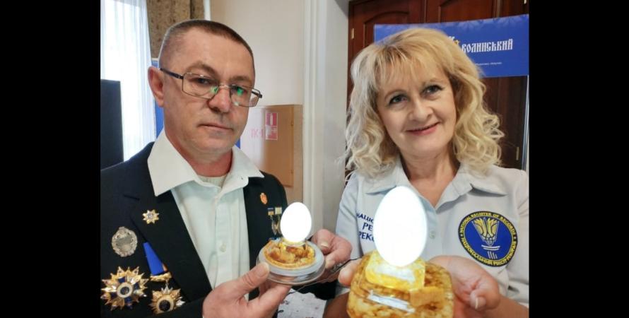 Анатолий Бойко, яйца, рекорд, мировой рекорд, волынская область, количество дыр