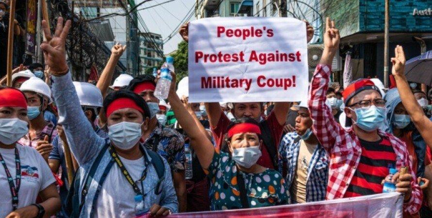 Мьянма, интернет, военная хунта, журналисты, отключение интернета