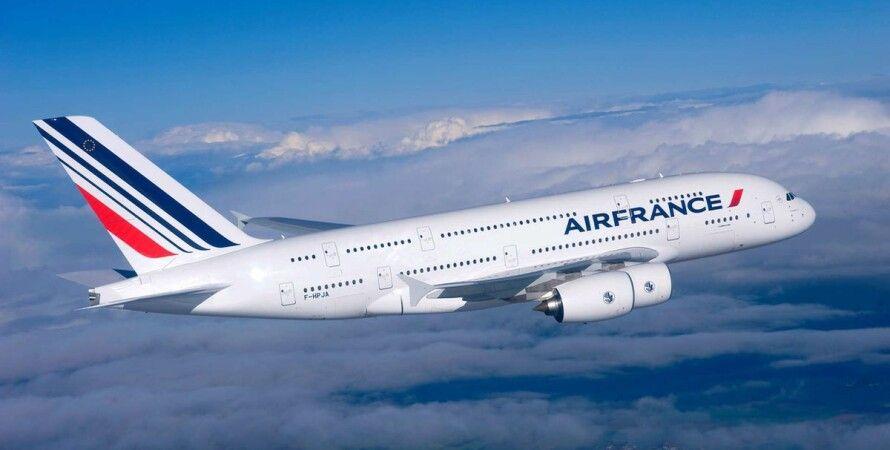 Air France, авіакомпанія, літак, пасажир, інцидент, екстрена посадка,