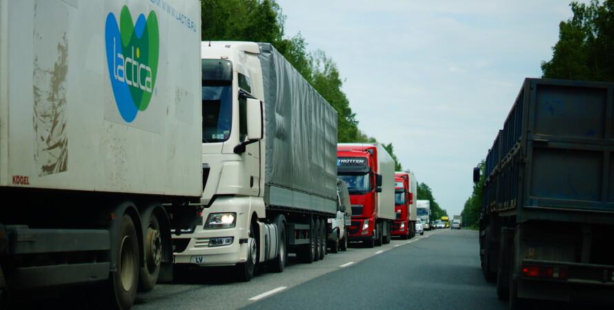 внешняя торговля, фото, экспорт, импорт, фуры на дороге