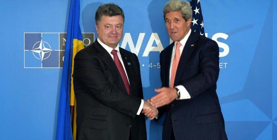 Петр Порошенко и Джон Керри / Фото: пресс-служба президента