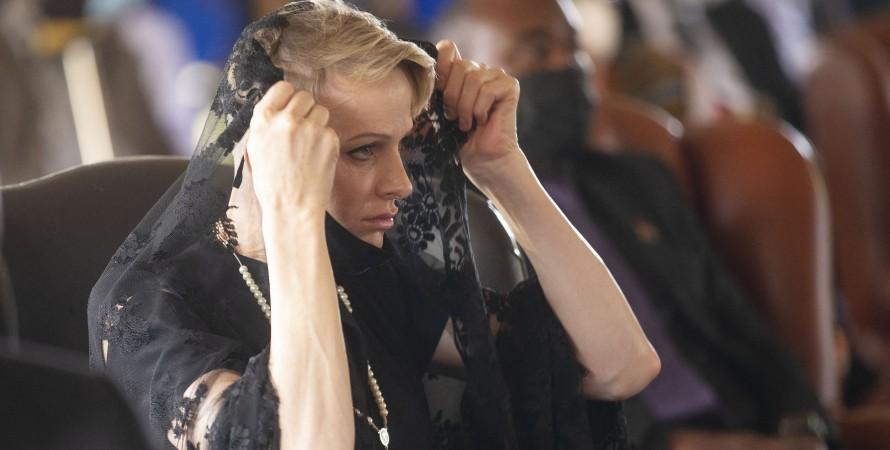 княгиня Шарлен на похоронах
