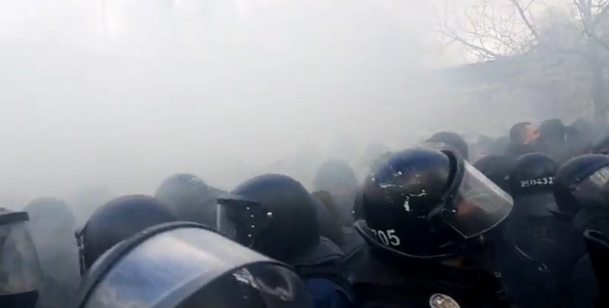 акция в поддержку рифмастера, протест возле шевченковского суда