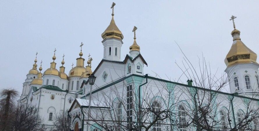Свято-Троицкий храм, Полтава, монастырь