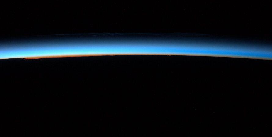 мезосфера, Земля, слои атмосферы, космические аппараты