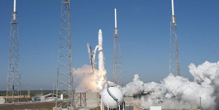 Запуск Falcon 9 / Фото: Wikipedia