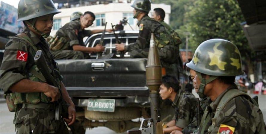 М'янма, військові