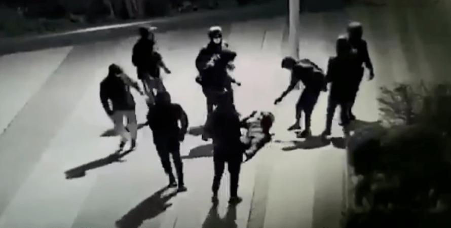 избиение, париж, франция, подросток, украинец