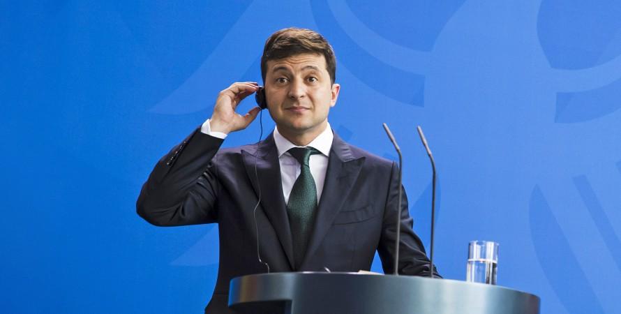 Владимир Зеленский в наушниках