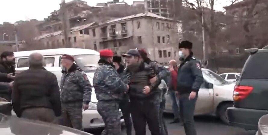 Полиция, Ереван, протест