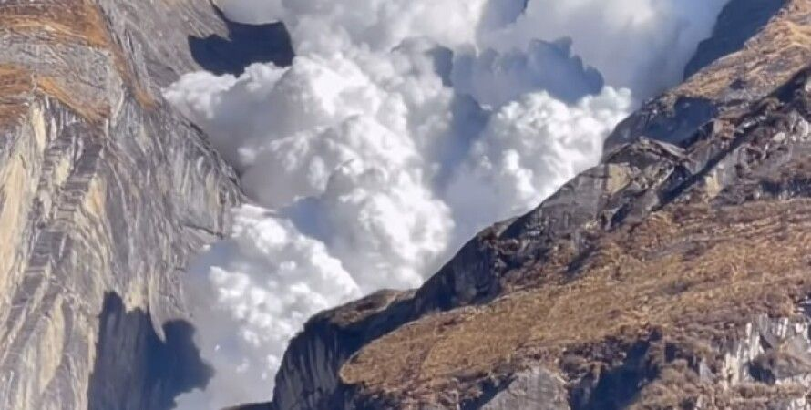 Непал, туристи, лавина, мандрівники, гори