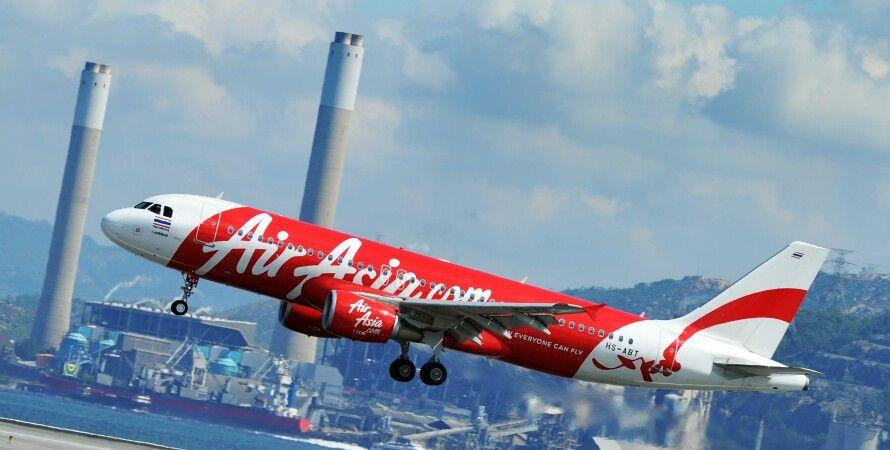 Самолет Air Asia / Фото: Inplanttrainingchennai.com