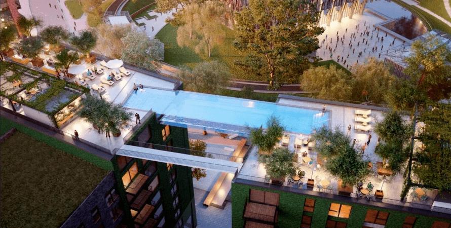 бассейн между зданиями, в лондоне открыли бассейн в воздухе