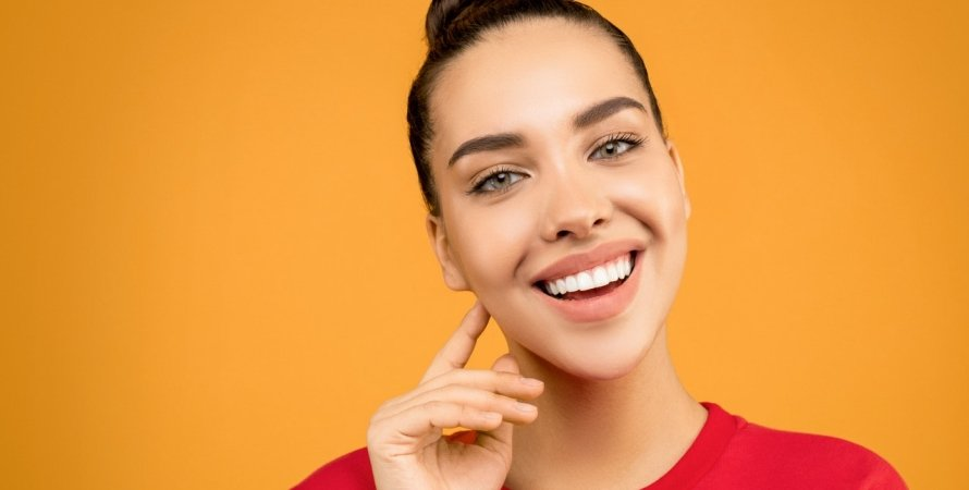 белоснежная улыбка, красивые здоровые зубы