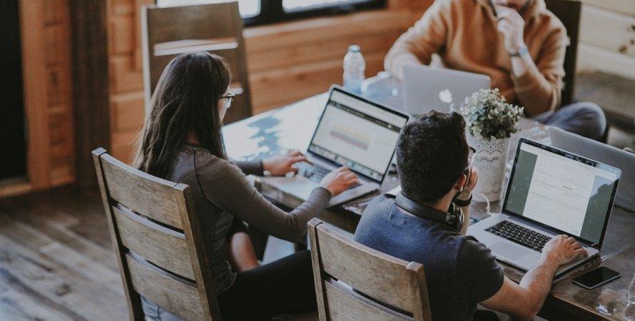 IT-компанія, айтішники, стартап