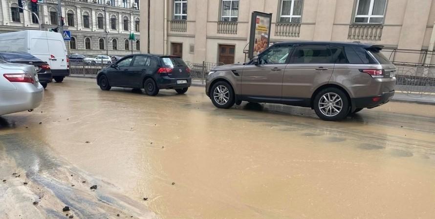 Киев, Пушкинская, водопровод, прорыв, авария,