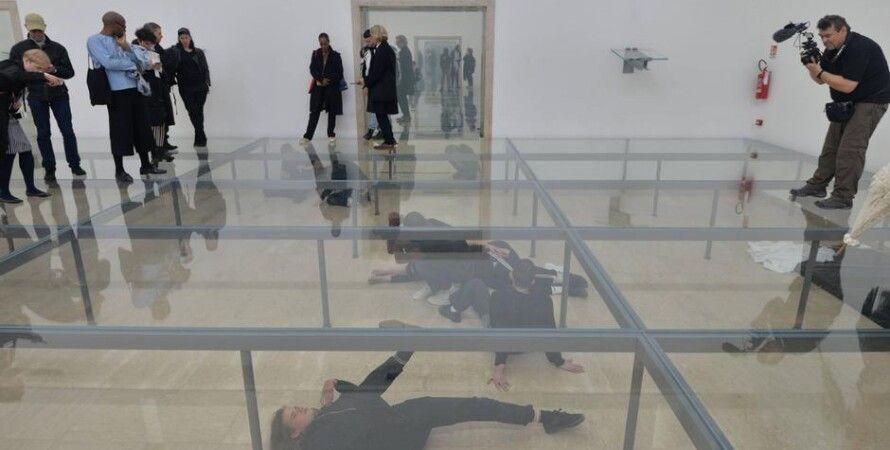 """Перформанс """"Фауст"""" в немецком павильоне на Венецианской биеннале / Фото: Imago"""