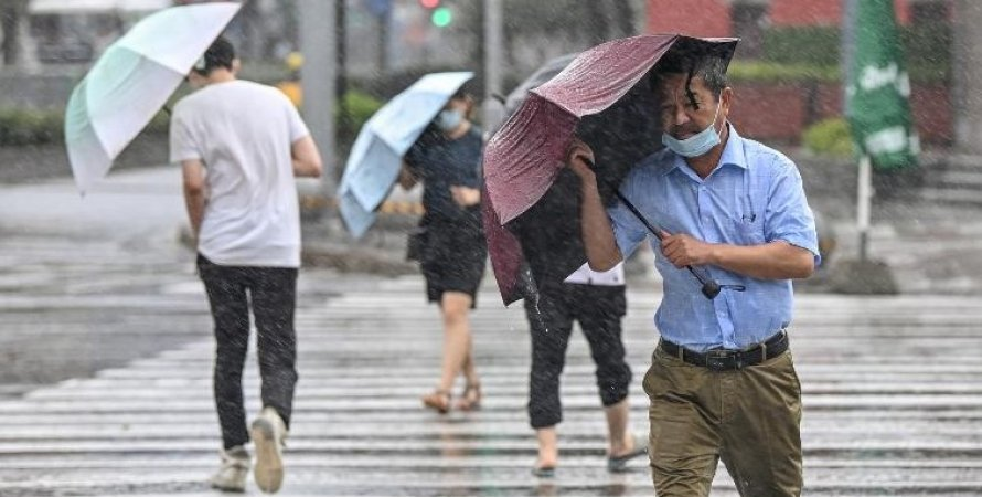 Тайфун в Китаї
