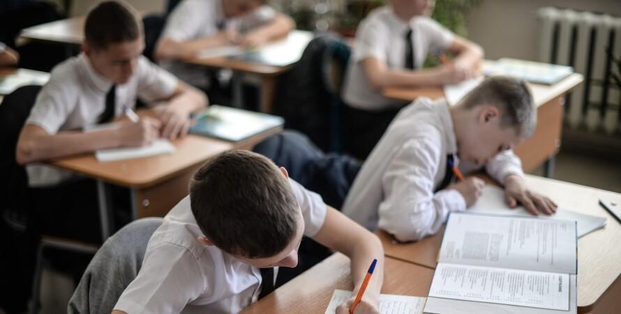В Україні може бути новий спалах COVID-19 через дітей